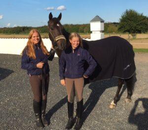 Ponymor.dk professionel rådgivning ambassadører Alma & Mette Smedegaard
